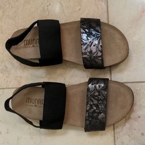 Munro Pisces Sandal